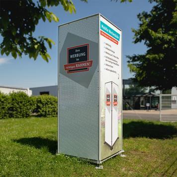 Mobil reklámoszlop táblával vagy tábla nélkül