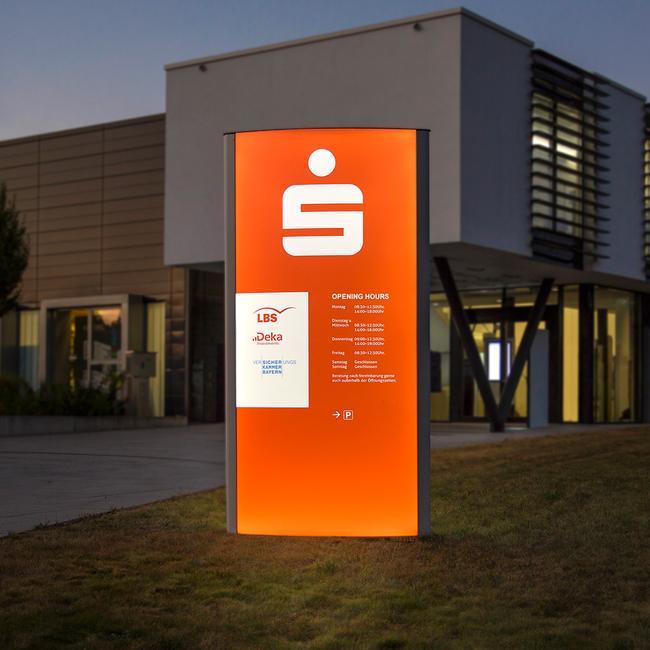 """Kültéri információs oszlop """"Frankfurt LED"""""""